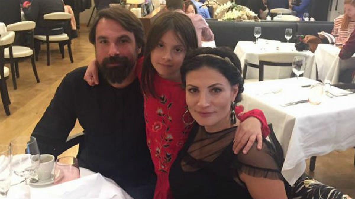 Dovada CLARA ca Ioana l-a PARASIT pe Alexandru Papadopol! Se pare ca actorul NU vrea sa divorteze de sotia lui, dar ea....